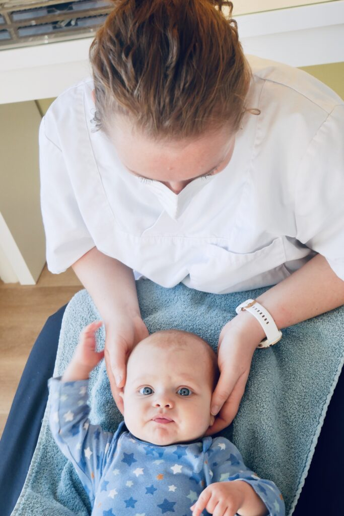 babyosteopathie babyosteopaat Charlotte Van den Branden